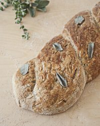 Spring onion and thyme bread