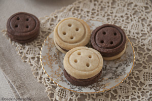 Nutella buttons cookies