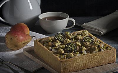 Crostata di pistacchi, pere e cioccolato