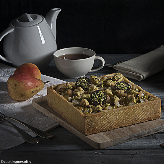 crostata-di-pistacchi-pere-e-cioccolato-1