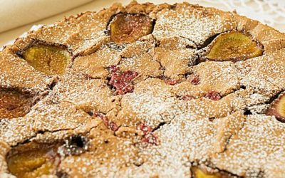 Chocolate clafoutis with figs, red currants and blueberries