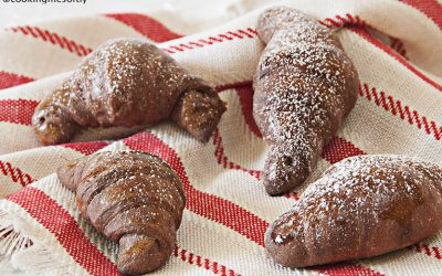 Yogurt and cocoa brioches